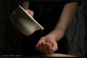 Użycie olejku w masażu aromaterapeutycznym